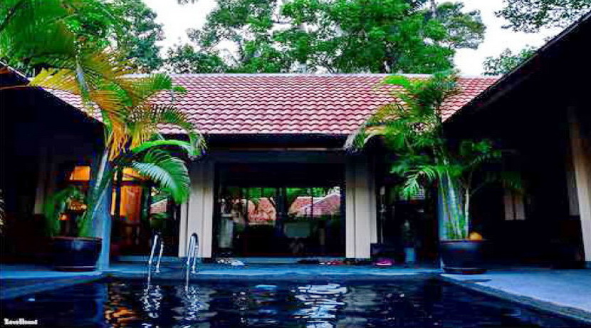 Bang Kao location villa 3 chambres piscine spa fitness