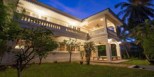 Demeure Coloniale Mae Nam Beach 4 chambres