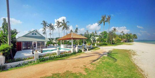 Laem Set villa Flora 4 chambres piscine spa bord de plage