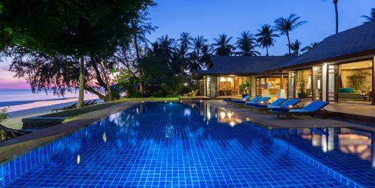Location villa Lipa Noi 6 chambres piscine face à la plage