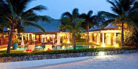 Location villa Maenam 2/4 chambres piscine bord plage