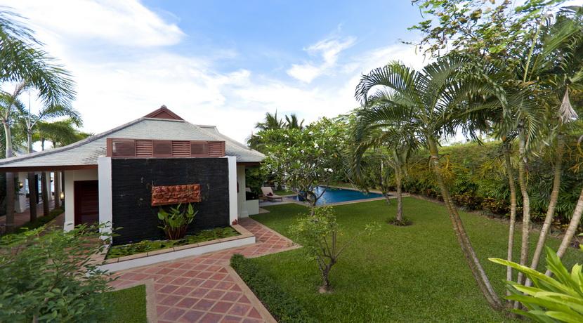 Mae Nam beach villa plage entrée_resize