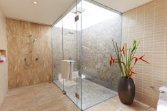 Maenam beach villa salle de bains 01_resize
