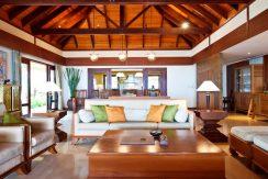 Maenam beach villa salon_resize