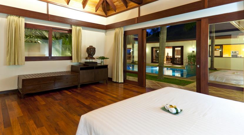 Villa Maenam beach chambre lit double_resize