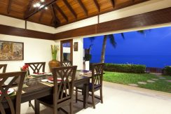 Villa luxueuse Maenam salle a manger dehors_resize