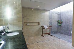 Villa luxueuse Maenam salle de bains (4)_resize