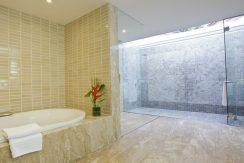 Villa luxueuse Maenam salle de bains principale_resize
