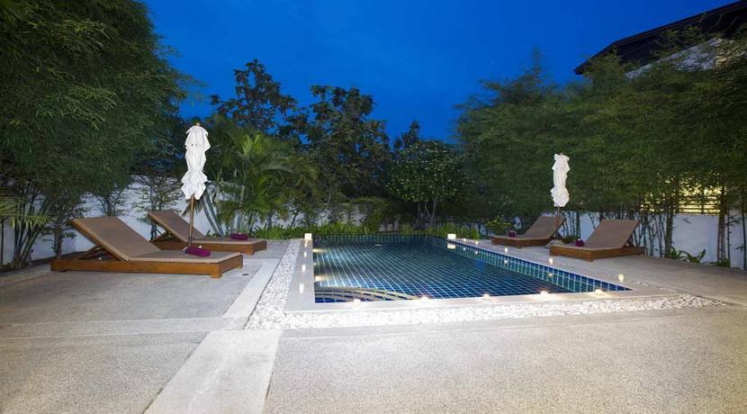 piscine nuit_resize