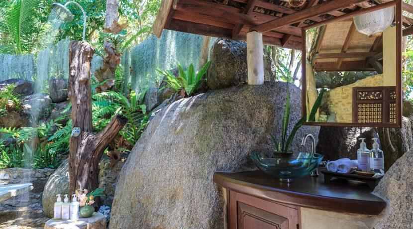 31-Samudra-Bali-bathroom2