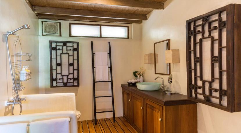 47-Samudra-Octagonal-shared-bathroom_resize