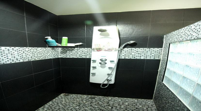 A vendre villa 2 chambres + studio Maduawan Koh Phangan (8)_resize