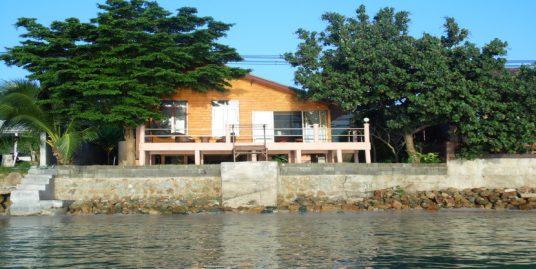 Location villa 1 chambre en bord de mer Bang Makham