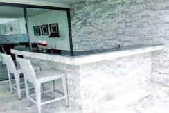 Villa Choeng Mon bar_resize