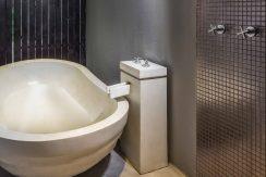 villa-samayra-bathtub_resize