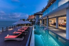 villa-samayra-pool-area-exterior-at-night_resize