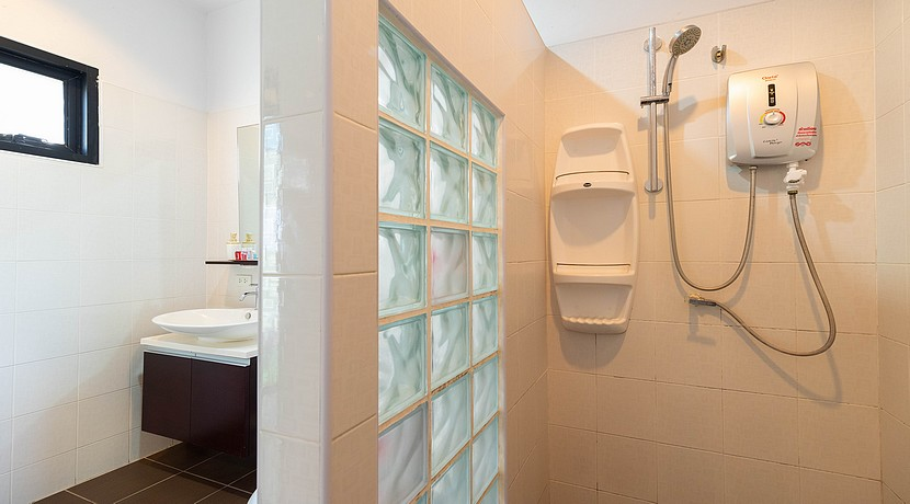 A vendre villa + appartements Bophut Koh Samui0014