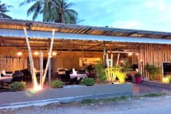 A venrde restaurant Maenam