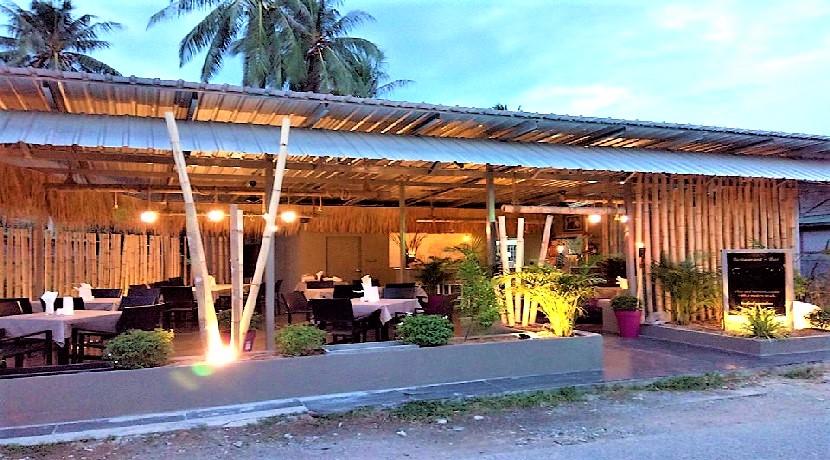 A vendre restaurant Maenam Koh Samui avec logement