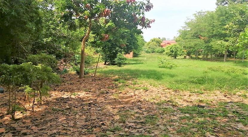 Terrain Choeng Mon Koh Samui à vendre – 1.600 m² – Plat – Chanote