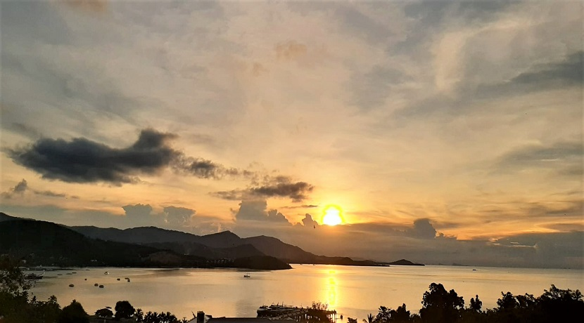 A vendre terrain vue mer Bangrak à Koh Samui – 1 rai – coucher de soleil
