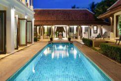 A vendre villa 4 chambres à Bangrak Koh Samui