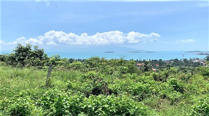 A vendre terrain à Bangrak Koh Samui vue mer – 2.400 m² – chanote