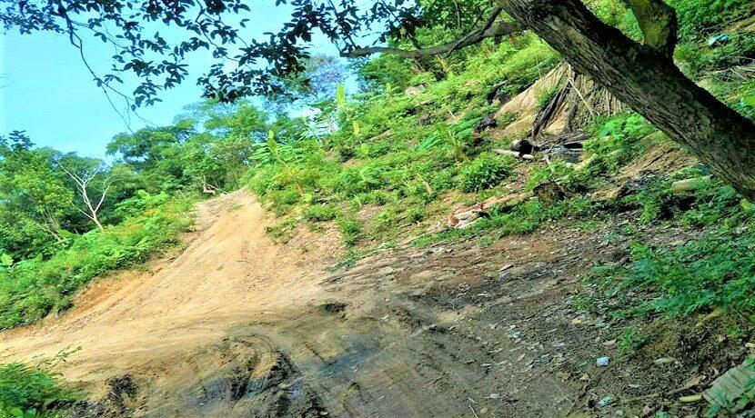 A vendre terrain avec cascade à Maenam Koh Samui 05