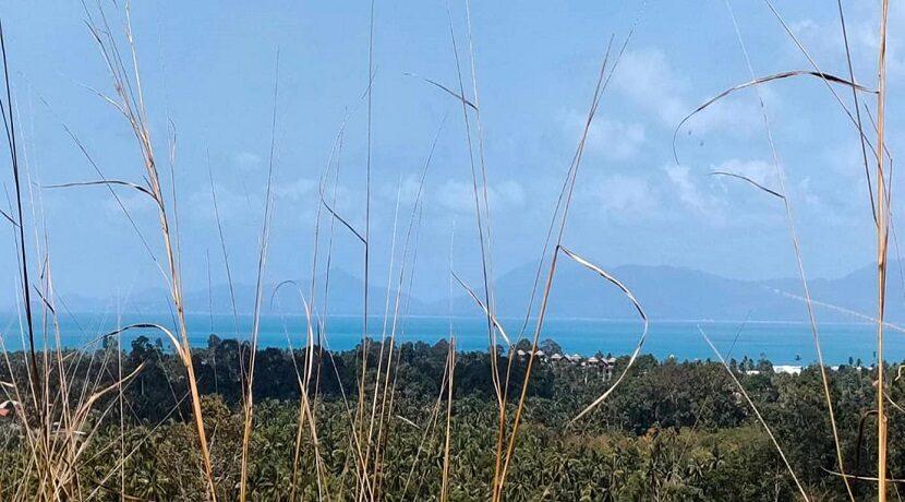 Terrain vue mer à Maenam Koh Samui à vendre 01