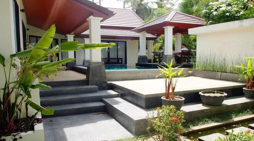 A vendre villa 2 chambres à Maenam Koh Samui – piscine privée – garage