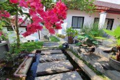 A vendre villa 2 chambres à Maenam Koh Samui 010