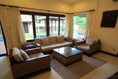 Villa 4 chambres à Bophut Koh Samui à vendre 010