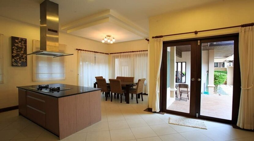 Villa 4 chambres à Bophut Koh Samui à vendre 012
