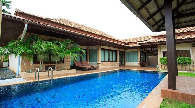 Villa 4 chambres à Bophut Koh Samui à vendre 02