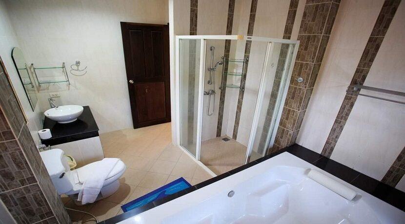 Villa 4 chambres à Bophut Koh Samui à vendre 027