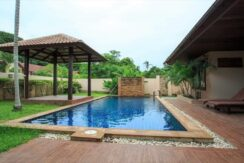 Villa 4 chambres à Bophut Koh Samui à vendre 030