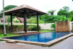 Villa 4 chambres à Bophut Koh Samui à vendre 031